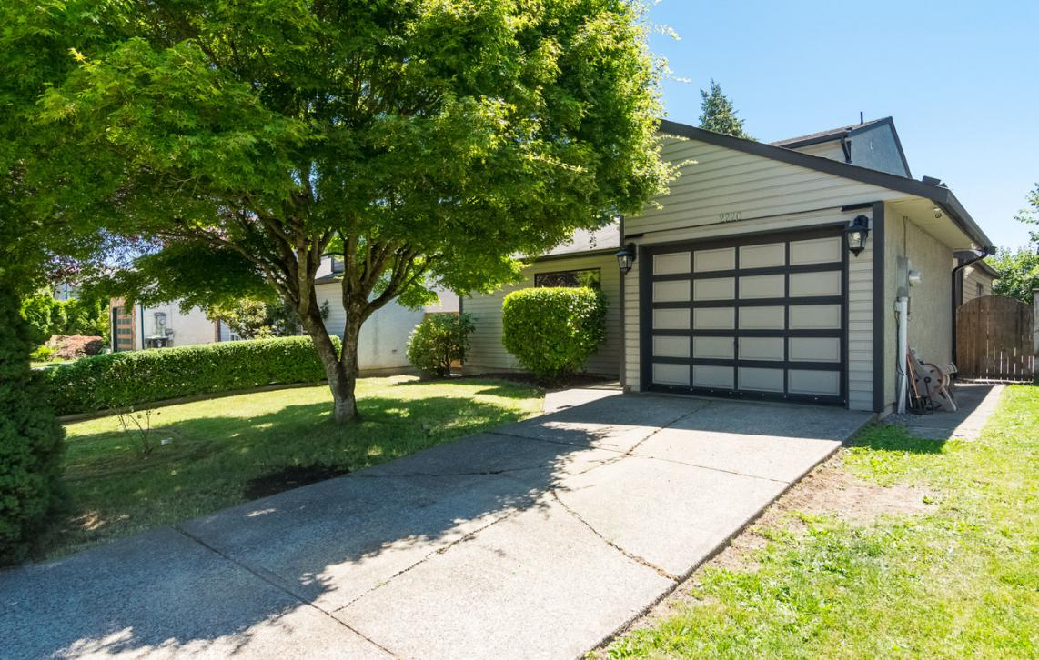 2220 Willoughby Way, Willoughby Heights, Langley